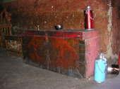Grande Baule tibetano e termos d'acqua calda