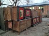 Alcune madie mongole pronte per essere restaurate