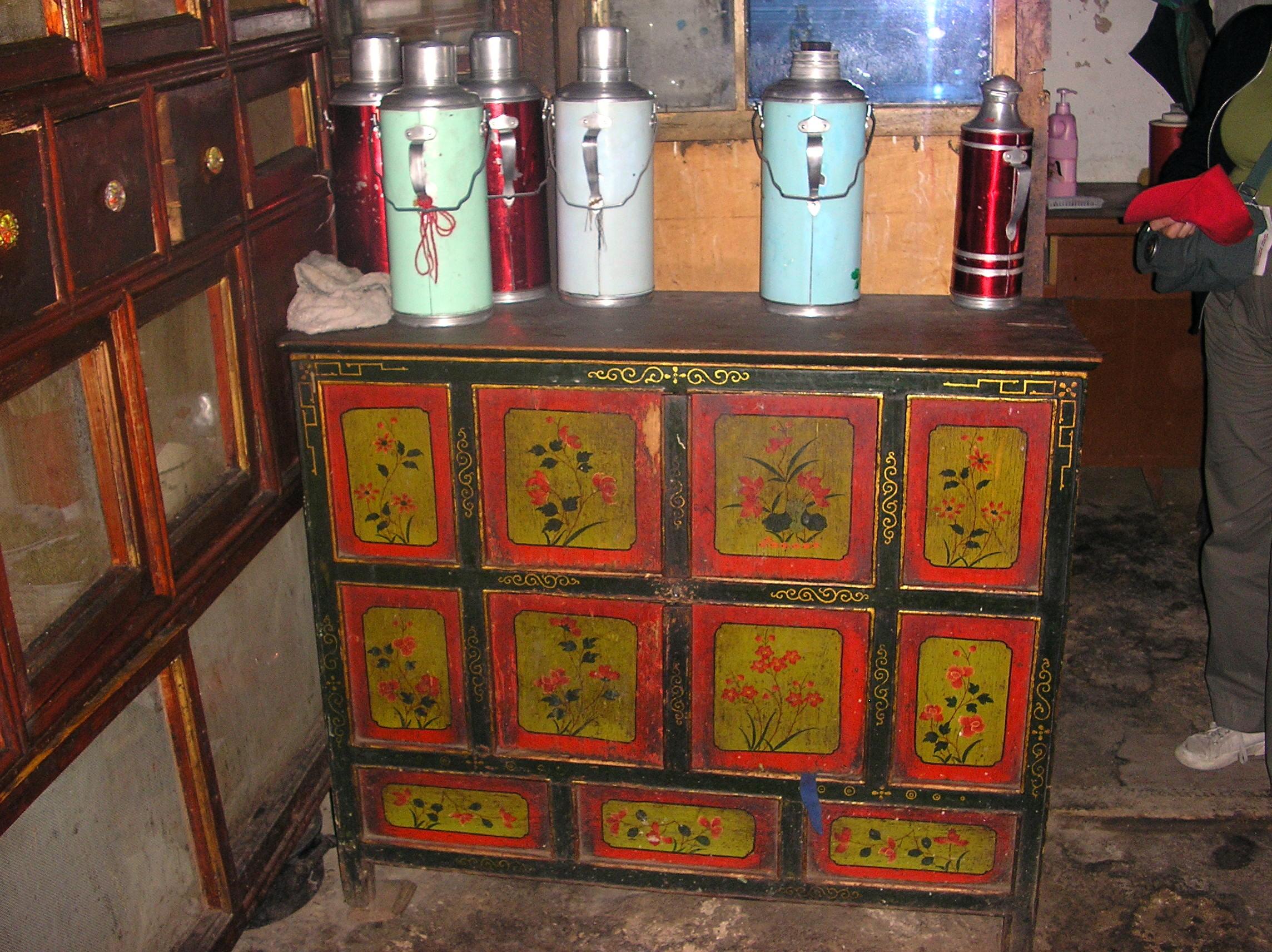 Latitudini mobili introduzione ai mobili tibetani - Mobili tibetani antichi ...