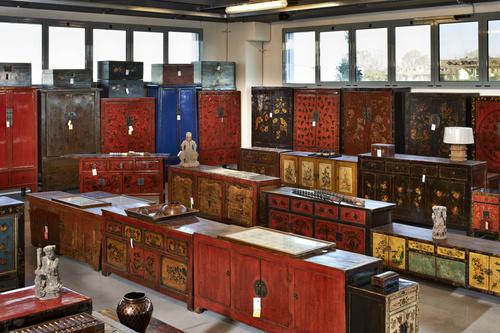 Mobili cinesi milano design casa creativa e mobili for Esposizione mobili milano