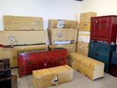 Deballage Del Container Di Mobili Cinesi