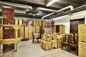 Deballage Del Container Di Mobili Etnici