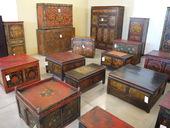 Tavoli  Stipi  Bauli E Armadi Tibetani