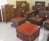 Tavolini E Bauli Tibetani