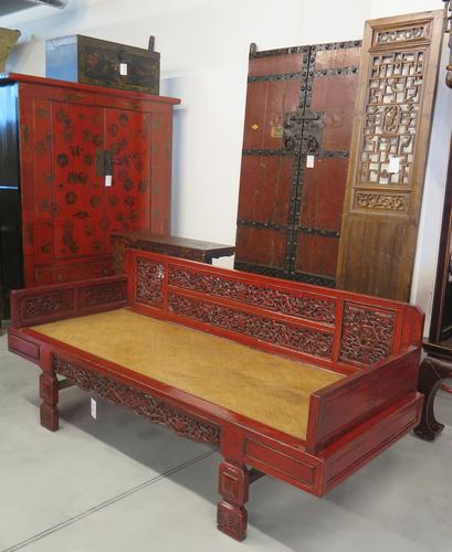 Latitudini mobili outlet 1400 mq vendita mobili etnici orientali cinesi negozio milano - Mobili orientali milano ...