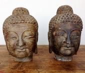 Teste Di Buddha In Pietra